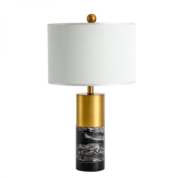 Lekker lampe i gull med marmordetaljer Din marmor butikk